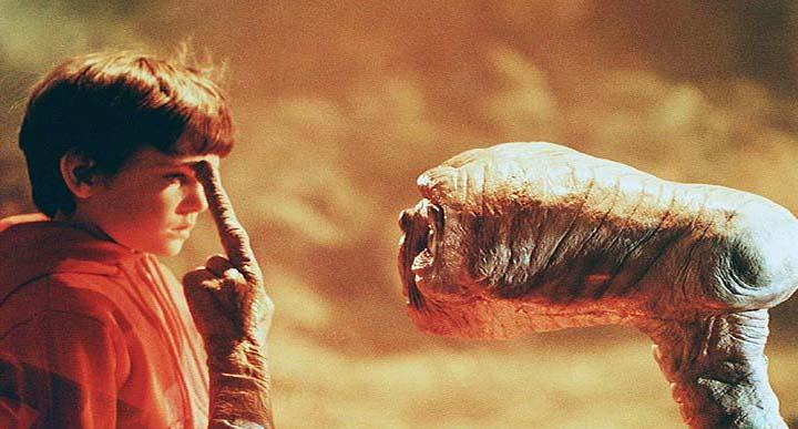 Filme-ET-O-Extraterrestre (1)