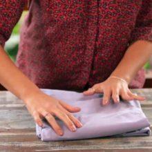 Seus problemas acabaram: Técnica infalível de como dobrar perfeitamente um lençol com elástico!