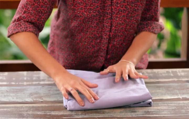 como-dobrar-lencol-elastico