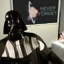 Star Wars: Droids Interrompem Entrevista de Darth Vader (paródia das crianças que interromperam entrevista da BBC)
