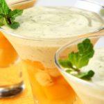 Nhami: Salada de Frutas com Creme de Hortelã