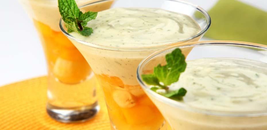 Salada de Frutas com Creme de Hortelã
